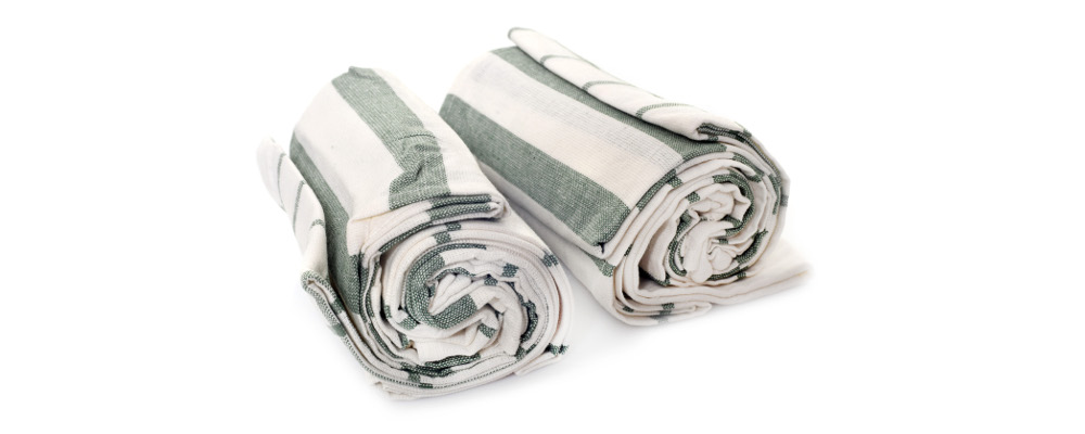 Soft and absorbent dish towel with stripes