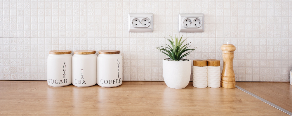 Pretty jars with minimalist design for kitchen countertops