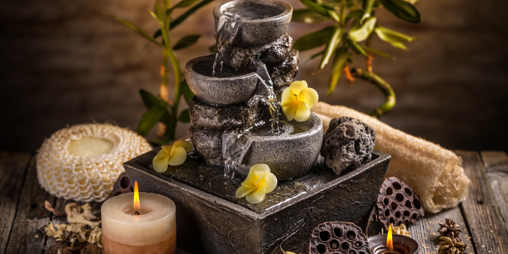 Decorative indoor fountain for feng shui