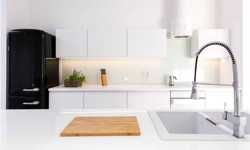 Spotlessly clean and clutter-free kitchen countertop
