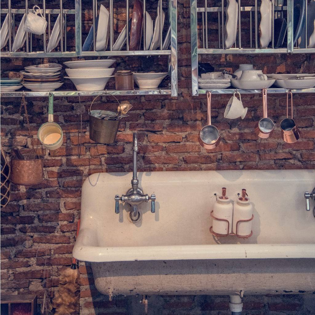 Wash basin in old kitchen