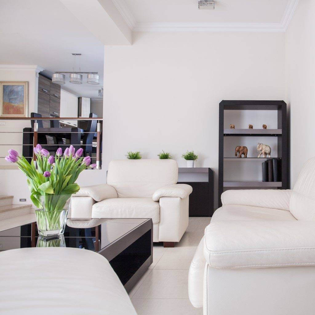 White and clean design in the living room